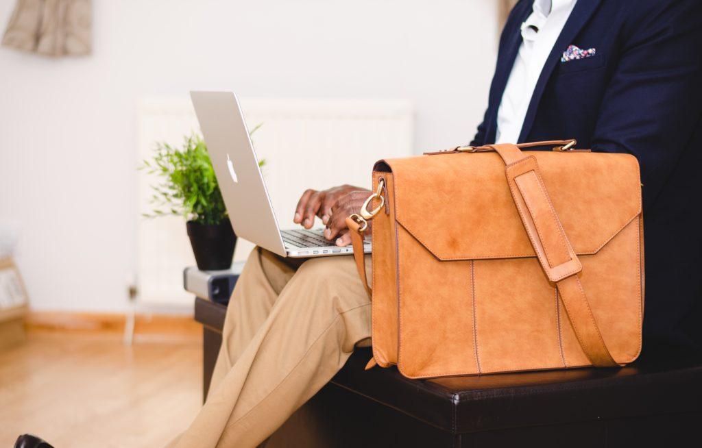 top 5 des meilleurs sites pour mettre son cv en ligne