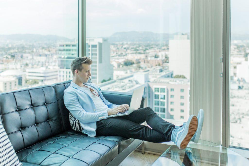 comment devenir entrepreneur web